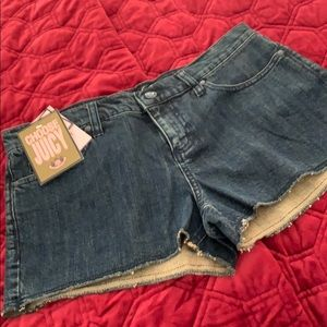 Juicy Couture Jean Shorts size 28